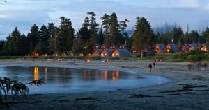 Ocean Village Tofino pic